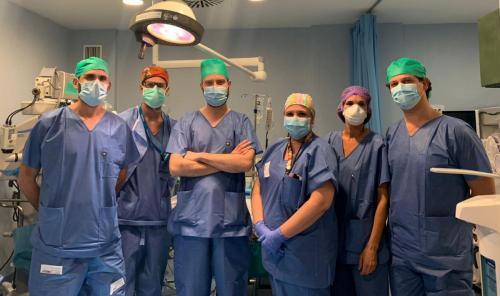 El Hospital de Valme incorpora un novedoso avance en el trasplante de córnea